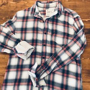 American Eagle Flannel Plaid Button down